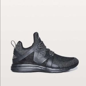 nib APL x LULULEMON ascend BLACK REFLECTIVE 8.5